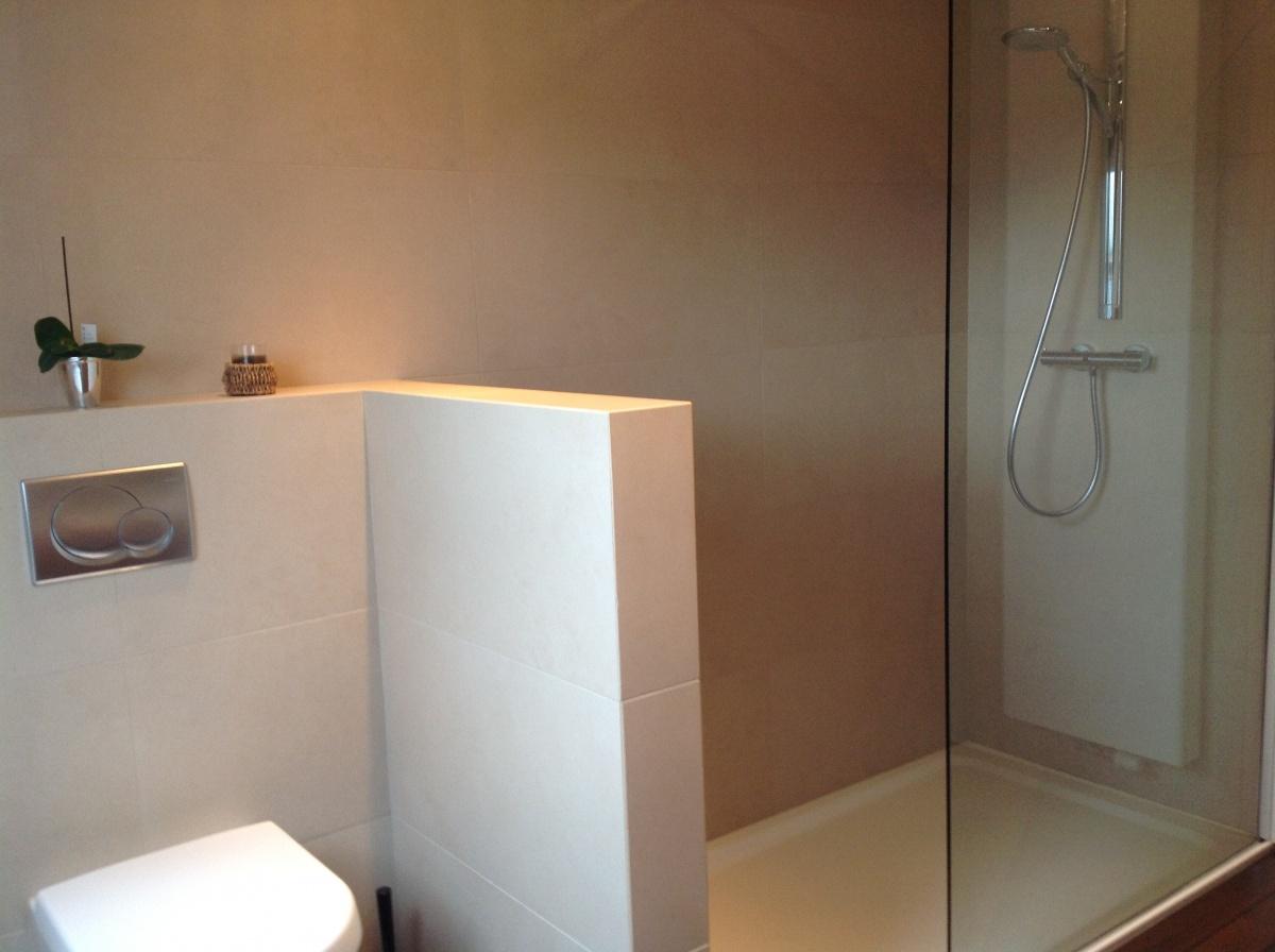 Wandverlichting slaapkamer interieur meubilair idee n for Moderne slaapkamer catalogus